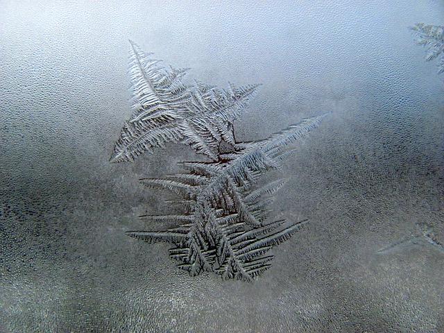 snow-603677_640